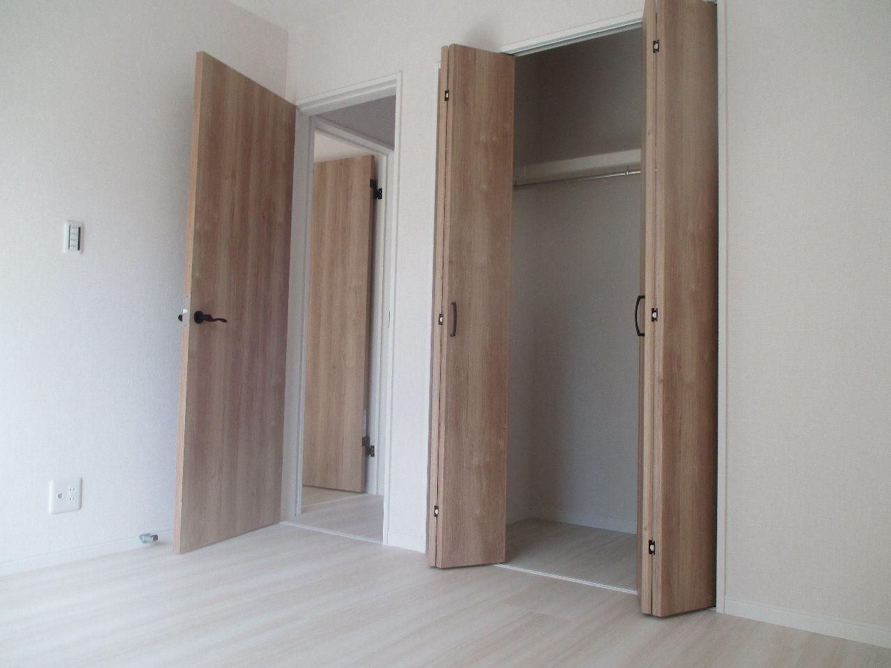各室に大きな収納があります。収納はいくらあっても足りません。